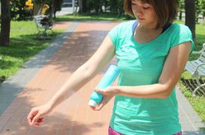 【體驗】防水控油的夏日防曬對策 COOLA不間斷運動防曬噴霧