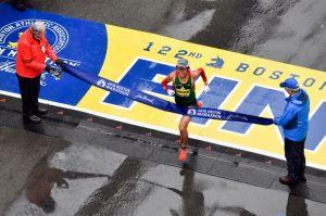 【波士頓馬拉松速報】川內優輝的奇襲 大驚奇奪波馬冠軍