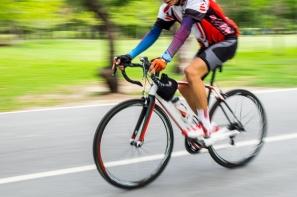 【輪組】輪子的慣性好,平路速度才好維持?