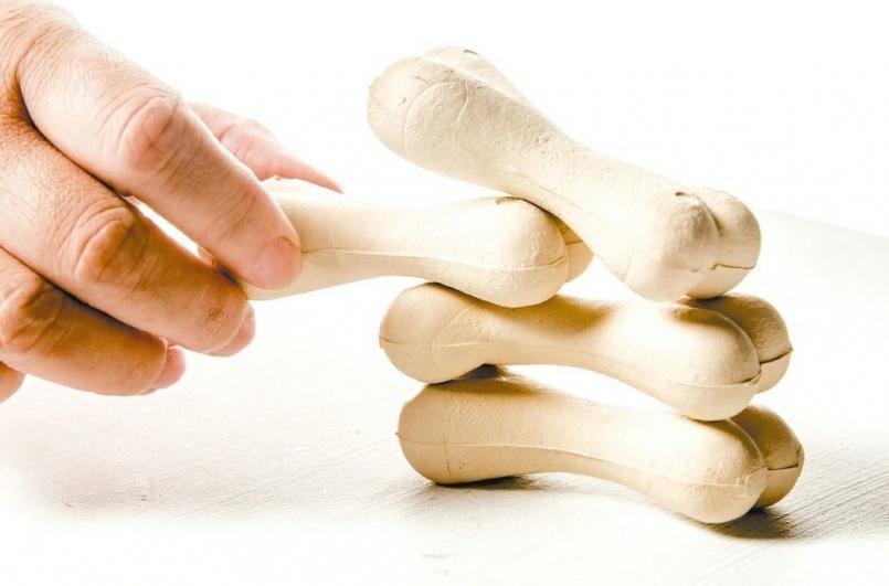 【健康】光靠吃鈣片預防骨鬆? 國健署:還不夠!