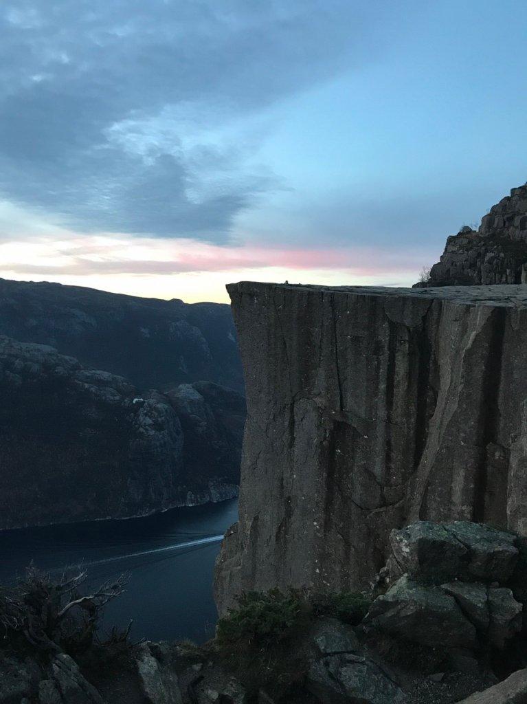 2018十月挪威聖壇岩與呂瑟峽灣的日出_531668