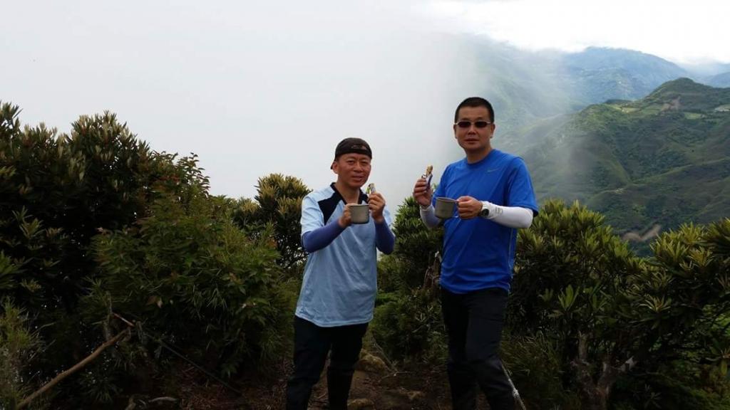 【春夏之際】我在那結山頂喜見雲瀑_17579