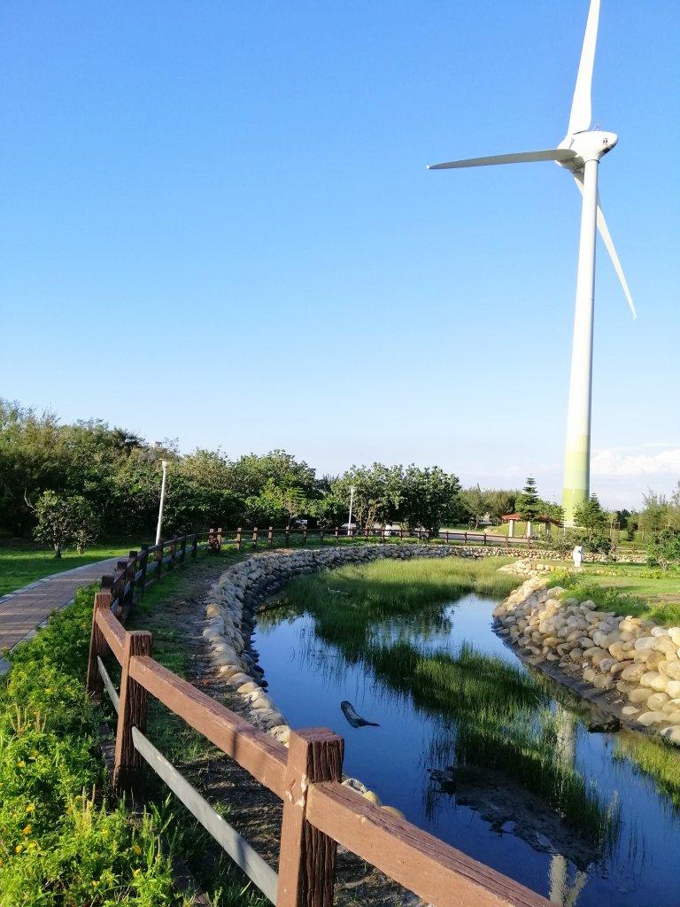 台中大安~風車轉轉~龜殼生態公園景觀步道_1014954