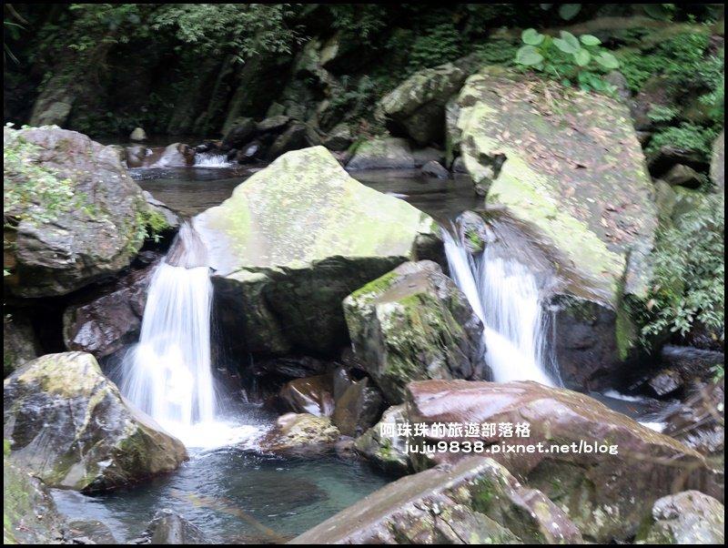 新寮瀑布步道是一景色優美親民好走的步道_585372