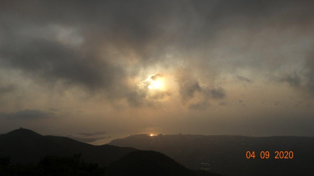 雲層帶東北季風狂吹,再度觀音圈_911498