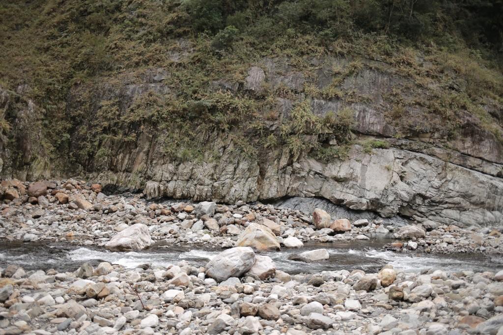 馬陵溫泉:地質教室_253695