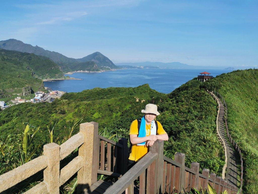 鼻頭角步道-登高眺望壯闊海岸、燈塔與稜谷_1033727
