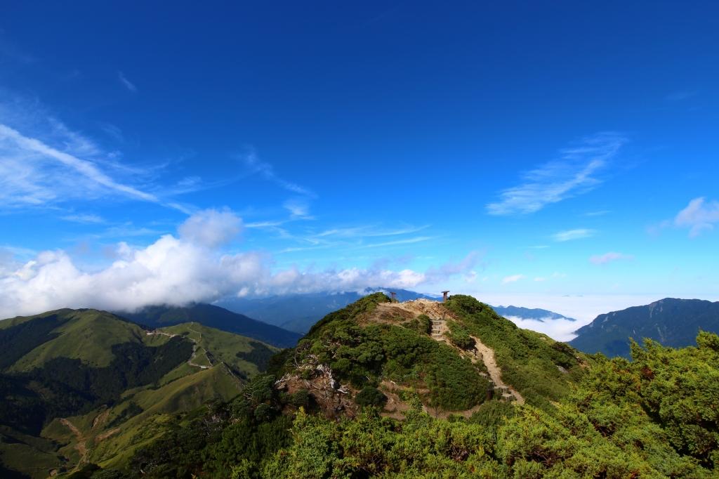 陽光合歡,東峰與尖山_57391