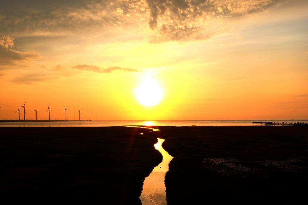 無敵夕陽美景...高美濕地_637114