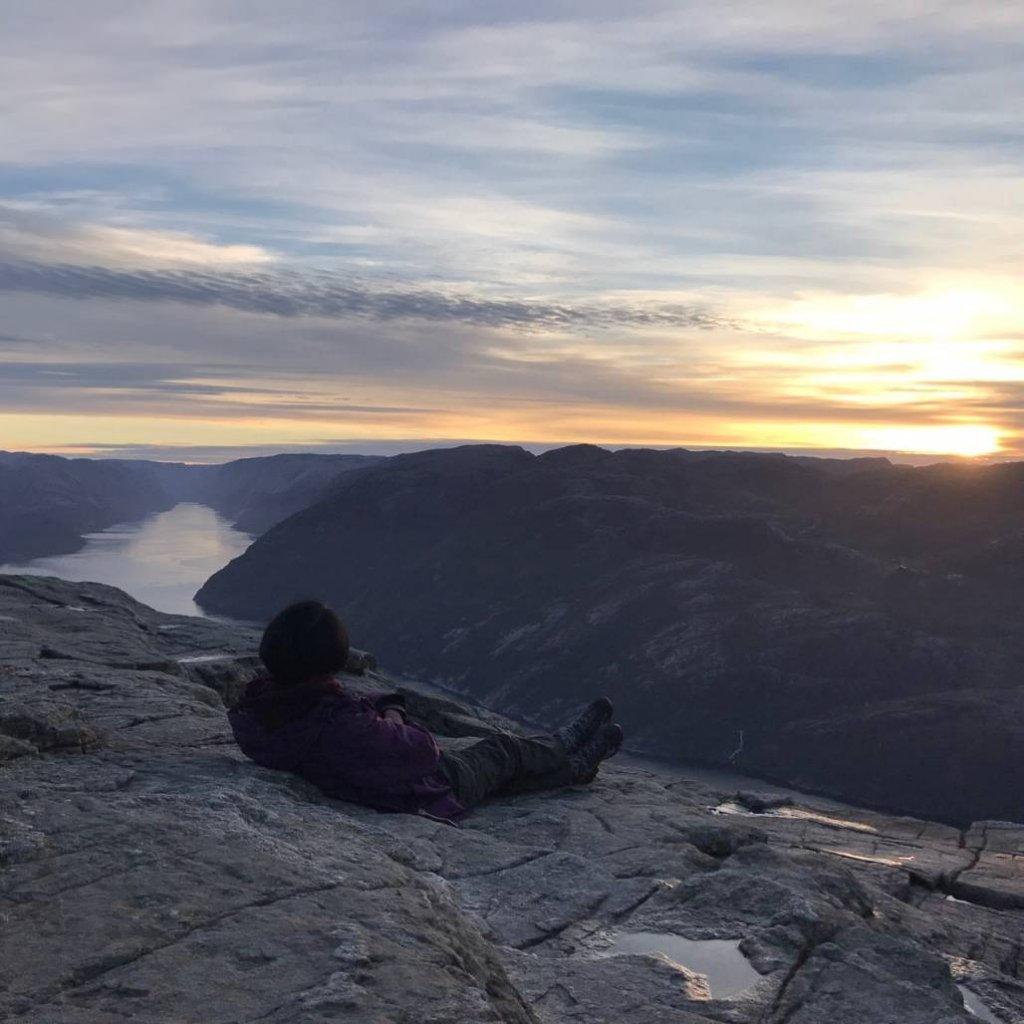 2018十月挪威聖壇岩與呂瑟峽灣的日出_531646