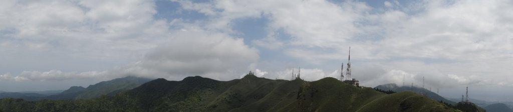 雲層帶東北季風狂吹,再度觀音圈_911467