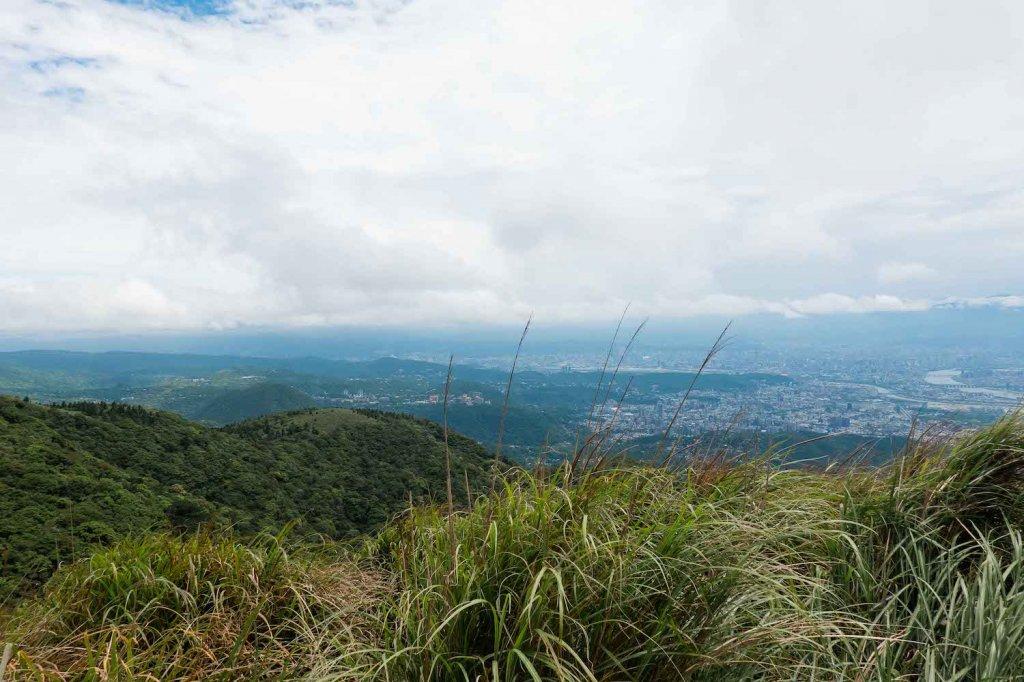 【台北大縱走第二段】大屯西峰、南峰與大屯山的絕美景致_1362730