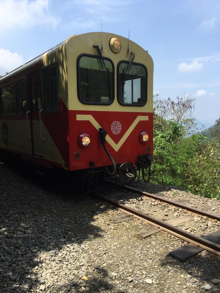 與森林小火車相依的獨立山步道_56917