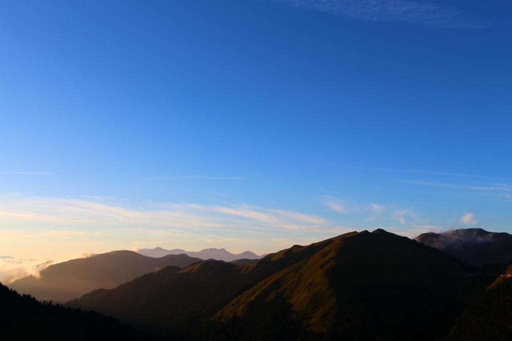 陽光合歡,東峰與尖山_57369