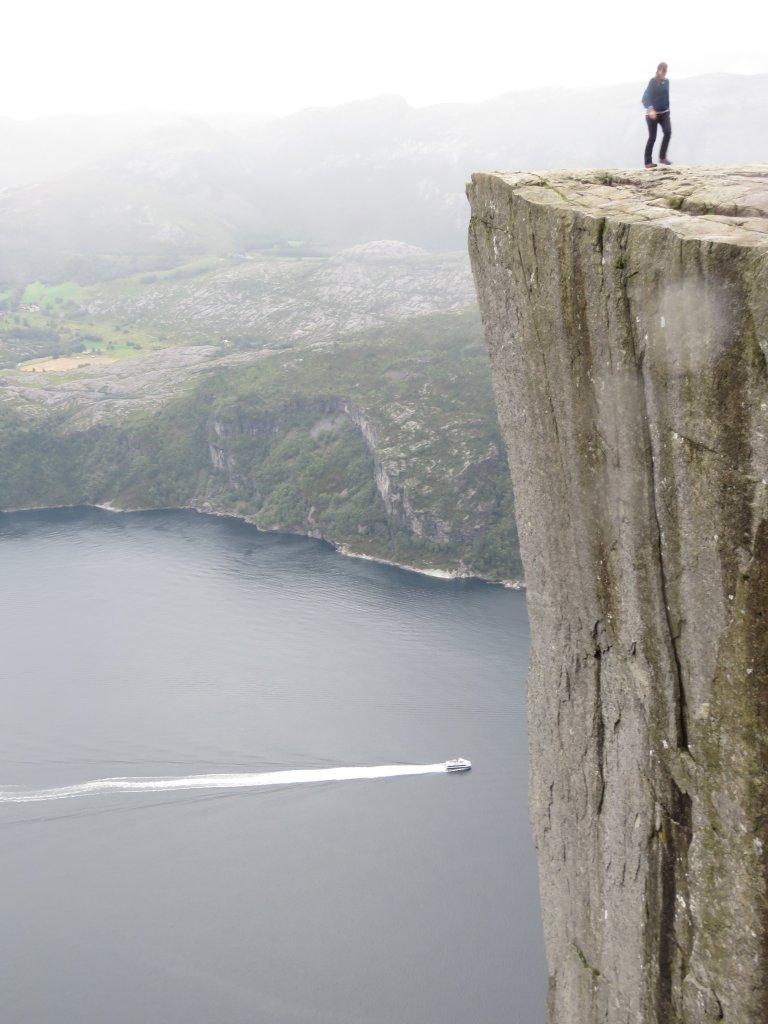挪威聖壇岩(Preikestolen)_662431