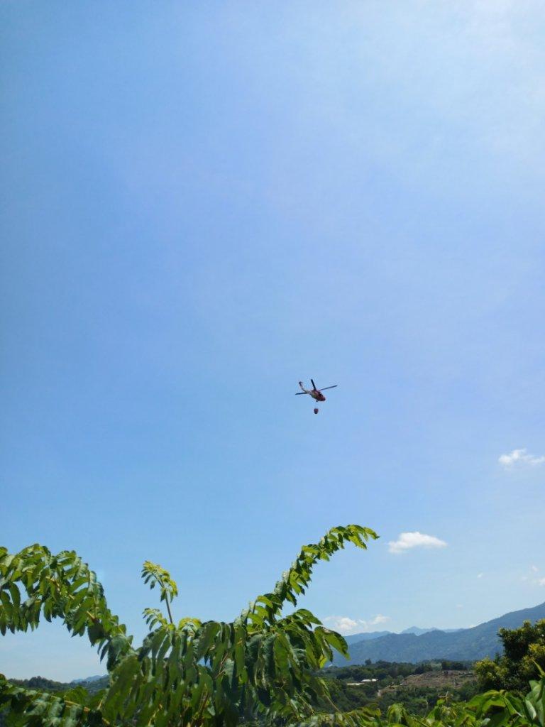 湖光美景_1032302
