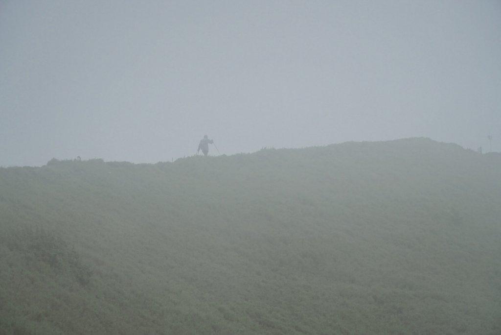 小溪營地狂風暴雨襲擊_630978