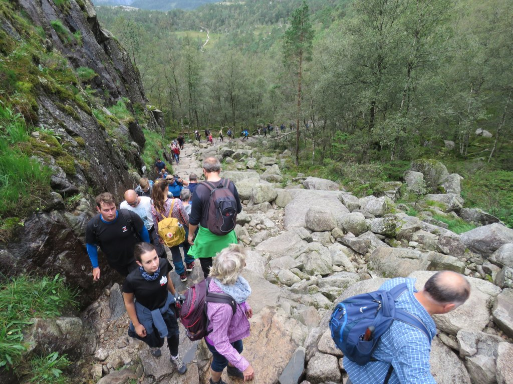 挪威聖壇岩(Preikestolen)_662417