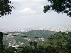 2018 11 16烘爐地登山步道(南勢角山)