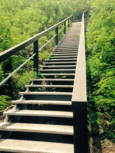 卡悠峯瀑布步道