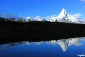 【瑞士】五湖健行—Leisee湖的倒立馬特洪峰