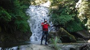平溪線旁的山水秘境-灰窯溪溯溪