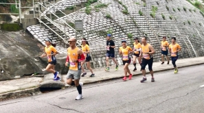 跑步技術的原則-維持姿勢