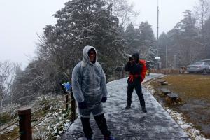 下雪。見晴懷古步道2018.02.03