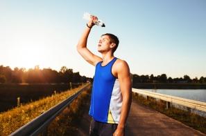 【家保的運動知覺】運動時向身體淋水的原因