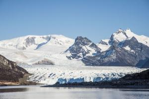 阿根廷莫雷諾冰川健行