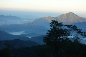 水社大山看日月潭和雲海