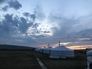 【花晨月夕】蒙古三日超馬 遼闊草原狂奔(前篇)