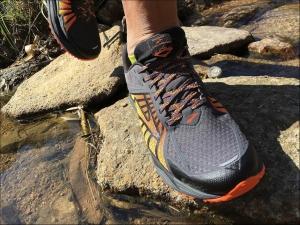 【跑鞋測試】Brooks Caldera – 全地形長程奔襲的絕配