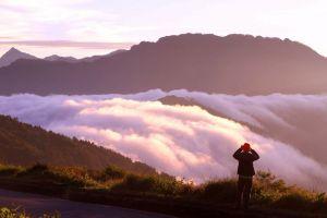 台灣的山岳之美,美在有高聳雄偉的大山與雲