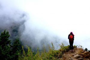 石頭堆疊成的百岳...玉山東峰