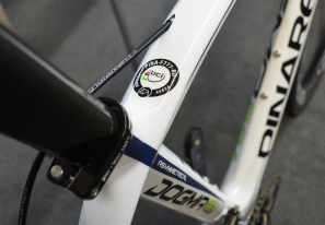 【小辭典】UCI認證車架,UCI Approval Labels for Frames