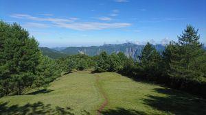 麟趾山、鹿林山、鹿林山前峰下鹿林山莊