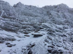 【新聞】玉山積雪,呼籲山友做好準備再登頂
