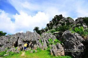 【日本】沖繩能量最強之勝地-大石林山.賞奇岩石林.眺邊戶岬無邊海景