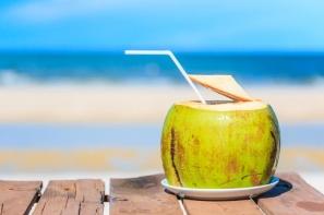 【營養迷思】「椰子水」是天然理想的運動飲品?