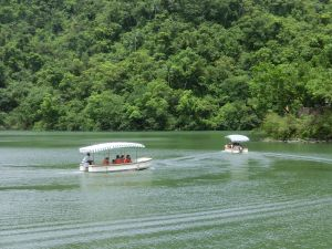梅花湖環湖步道