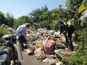 【新聞】國際淨灘日後 羅東林區管理處持續清理海岸保安林廢棄物