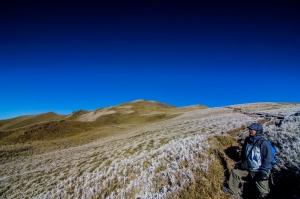合歡西北 草原覆蓋著白霜