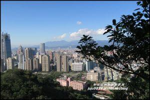 台北。象山親山步道。大年初一登高望遠