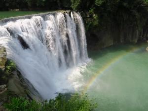 彩虹的故鄉—十分瀑布
