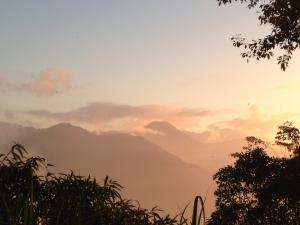 能高越嶺道上的夕陽