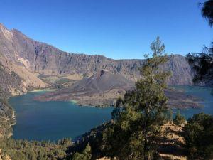 印尼龍目島林賈泥火山