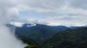 【春夏之際】我在那結山頂喜見雲瀑