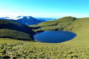 藍寶石的嘉明湖