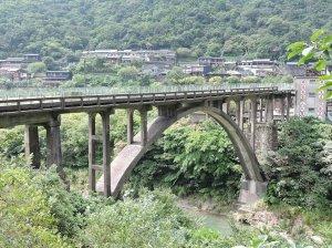 【新北市】猴洞神社、運煤橋、舊山洞群